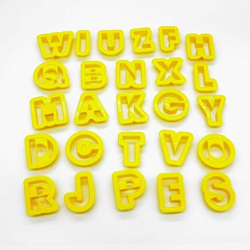Farebné vykrajovačky - abeceda - 26ks
