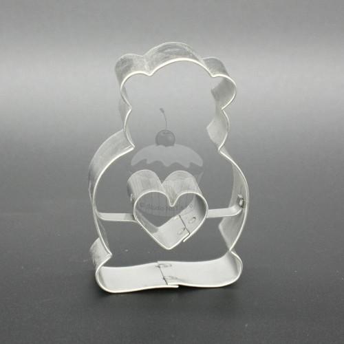 Vykrajovátko - sedící medvídek + srdíčko